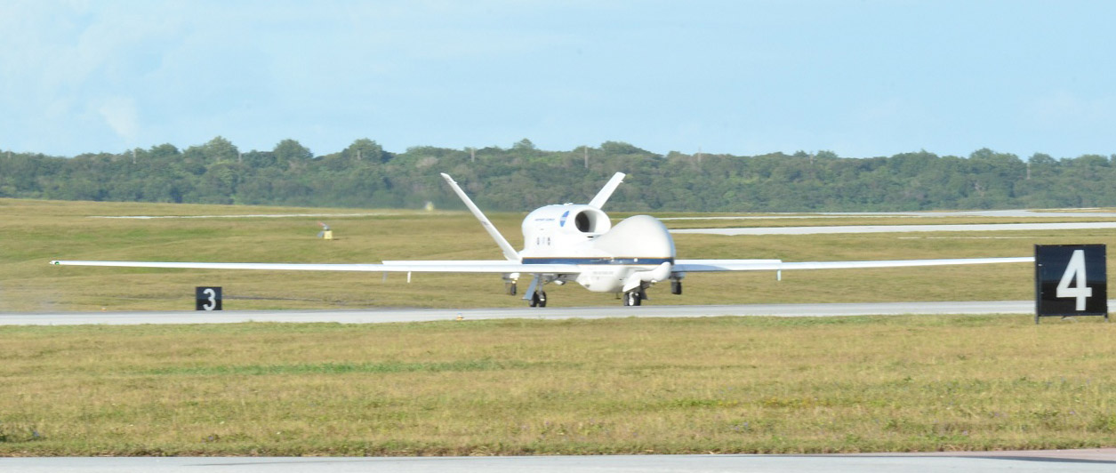 2014 NASA Global Hawk - Pics about space