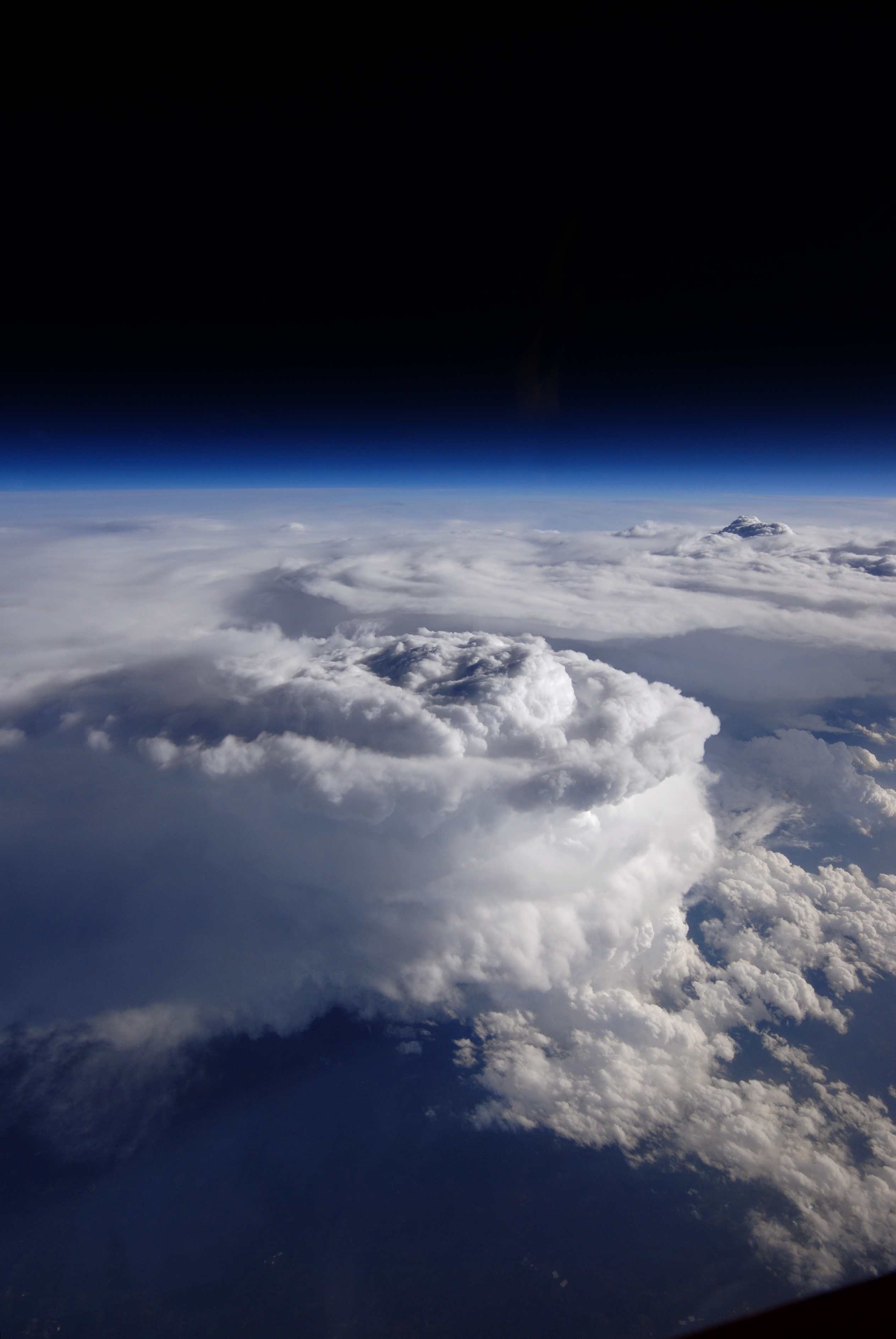 Komórka burzowa nad południowymi Apallachami uchwycona 23 maja