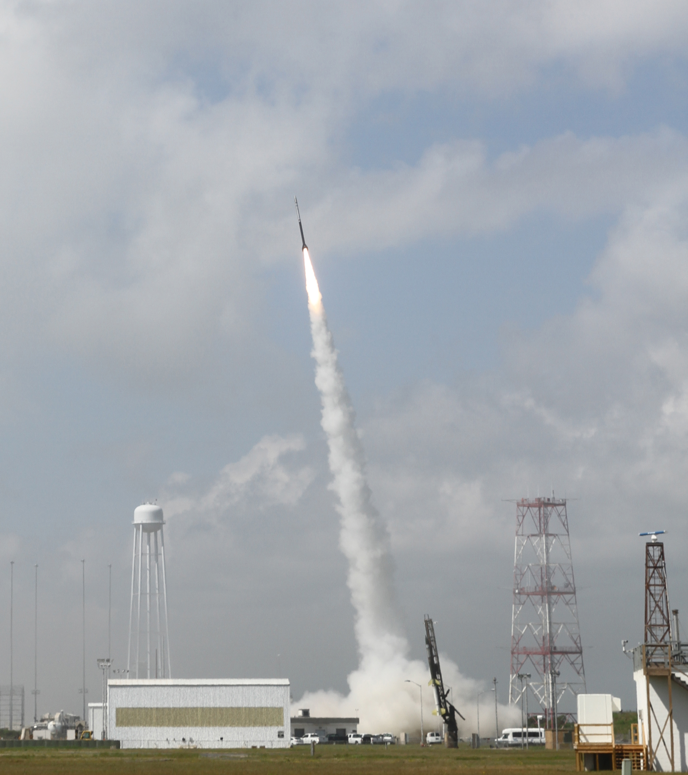 a nasa sounding rocket launched on july 4 2013 in support of the daytime