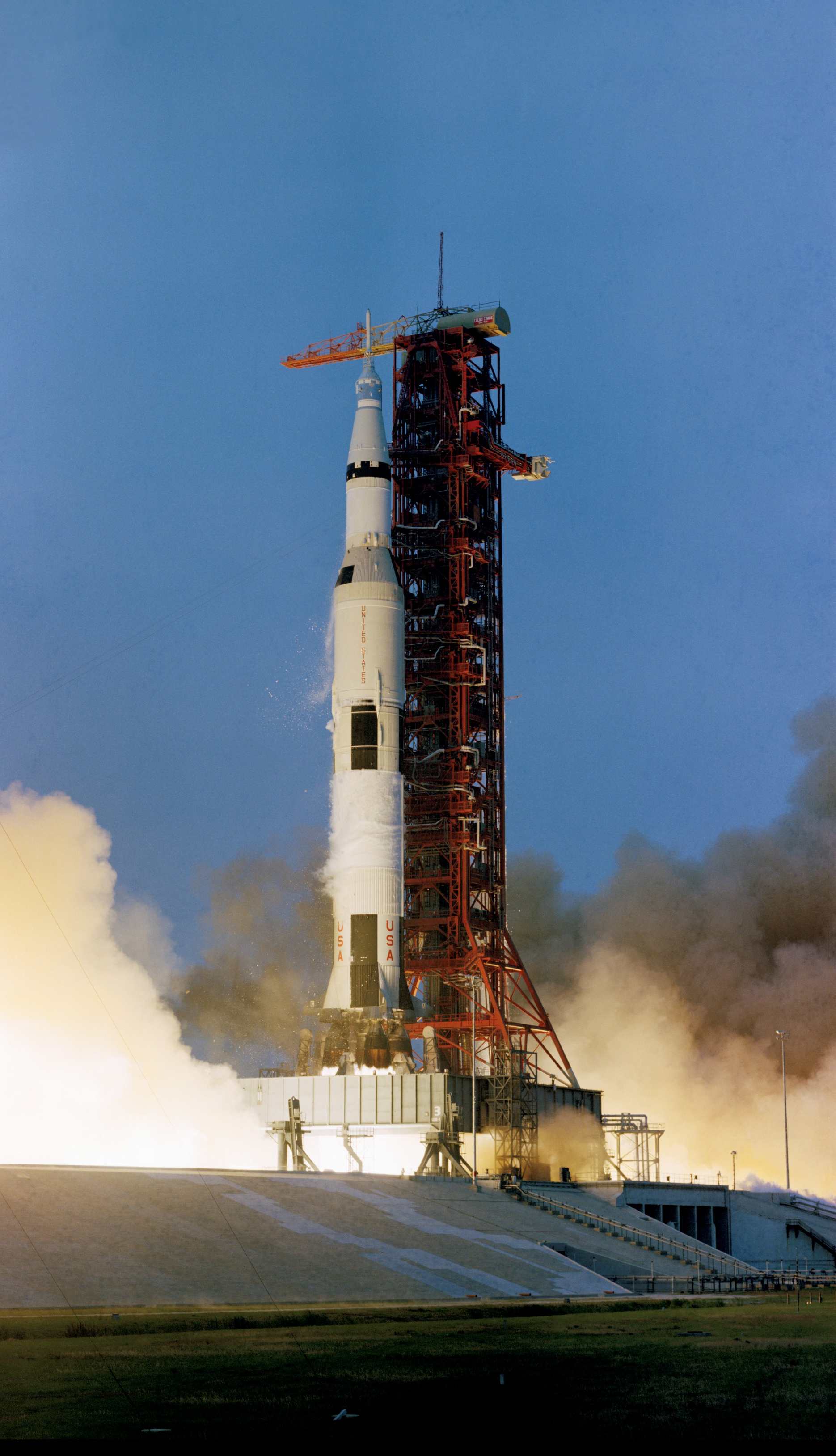 an overview of the apollo 13 space mission On april 11, 1970, apollo 13, the third lunar landing mission, is successfully  launched  the spacecraft's destination was the fra mauro highlands of the  moon,.