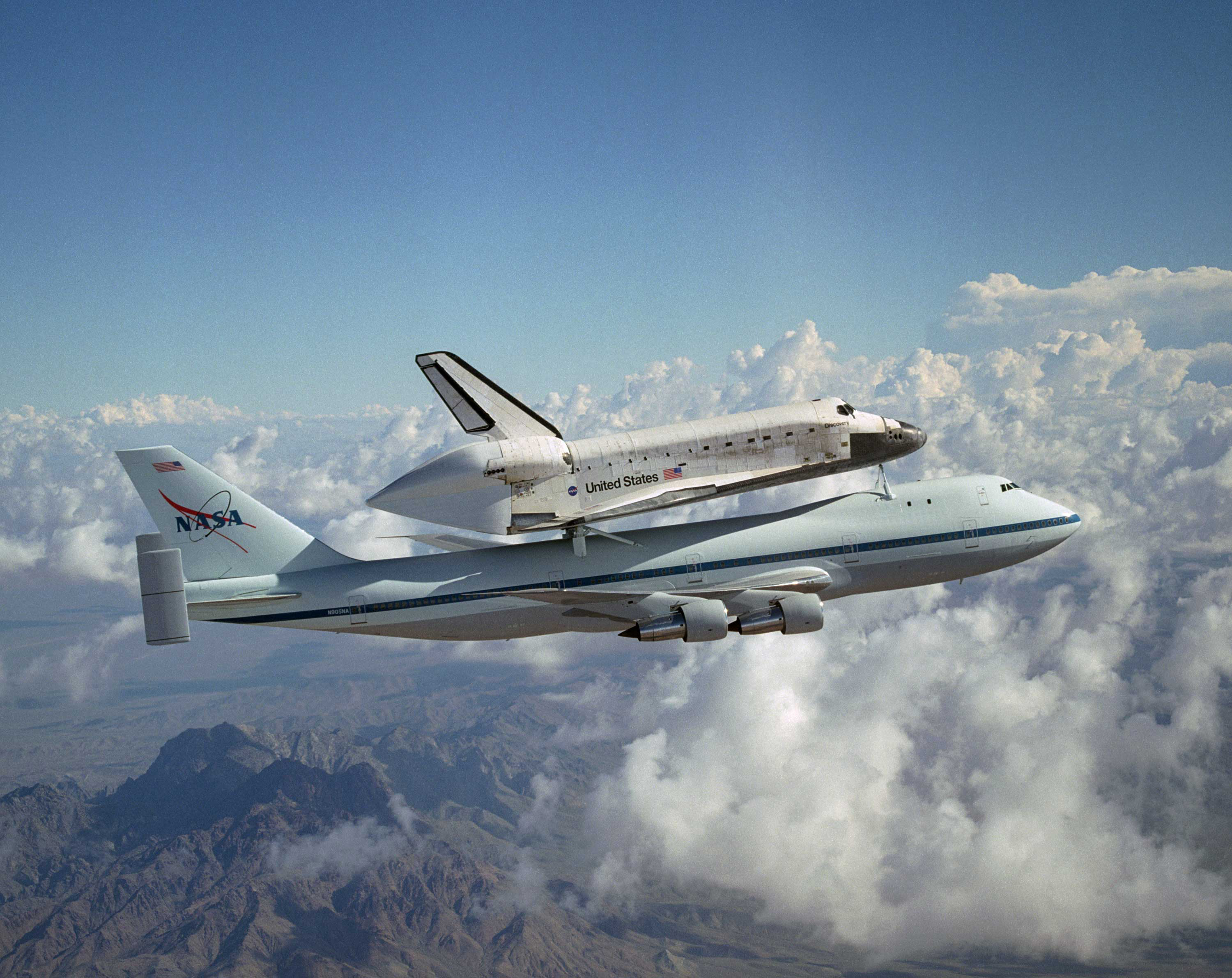 where did the space shuttle discovery go - photo #41