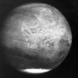 global view of Mars from Mariner 7
