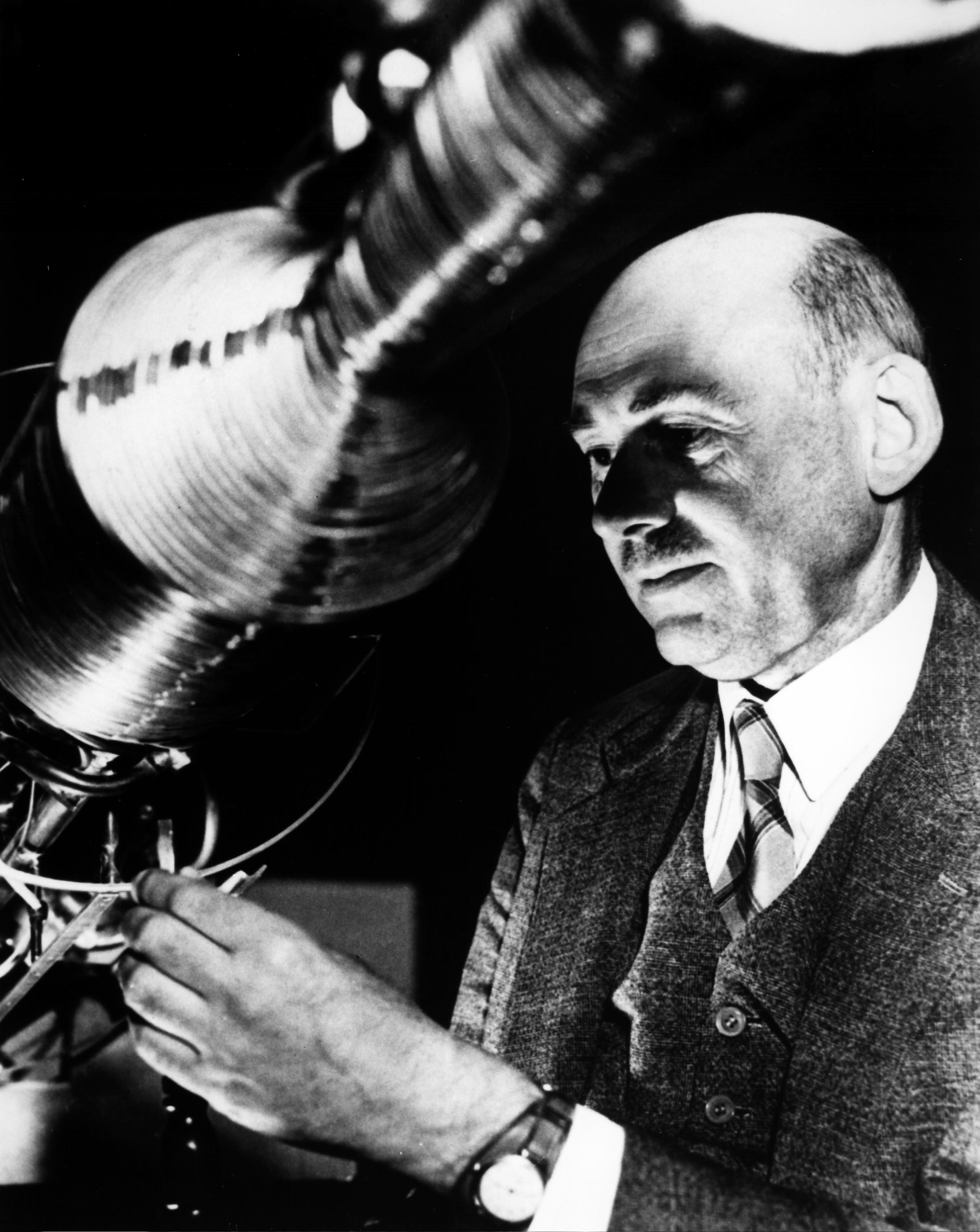 Robert Goddard Pioneer Nasa