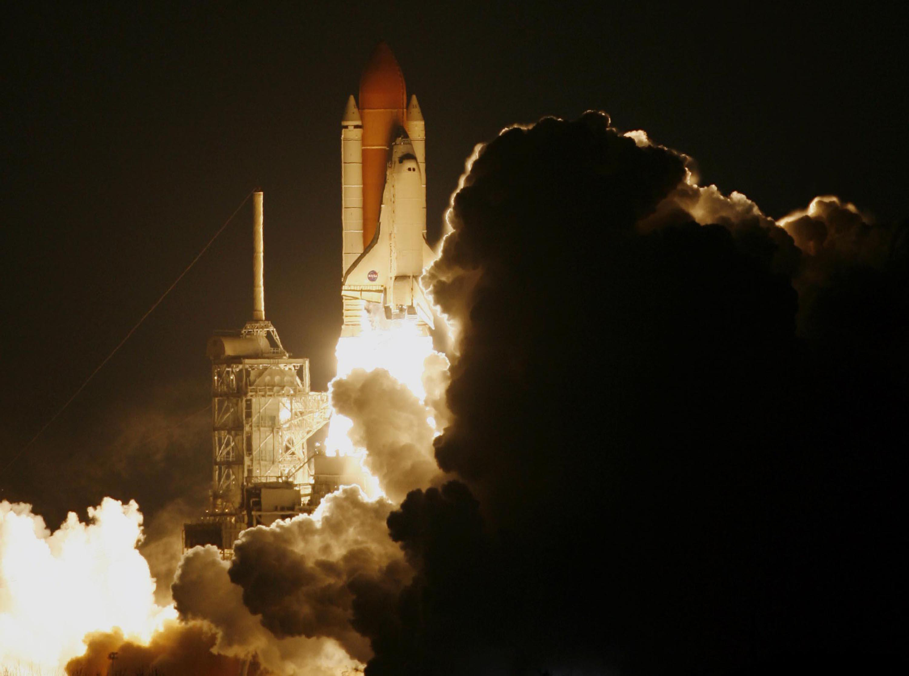 Nighttime Launch Of Shuttle Discovery