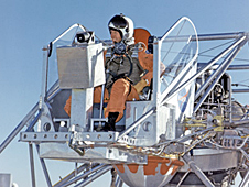 Lunar Landing Research Vehicle, NASA photo 226327main_LLRV_pilot_226.jpg