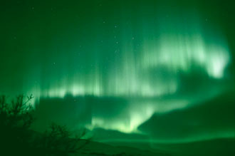 Aurora taken by John Russell of Nome, Alaska on March 5, 2003
