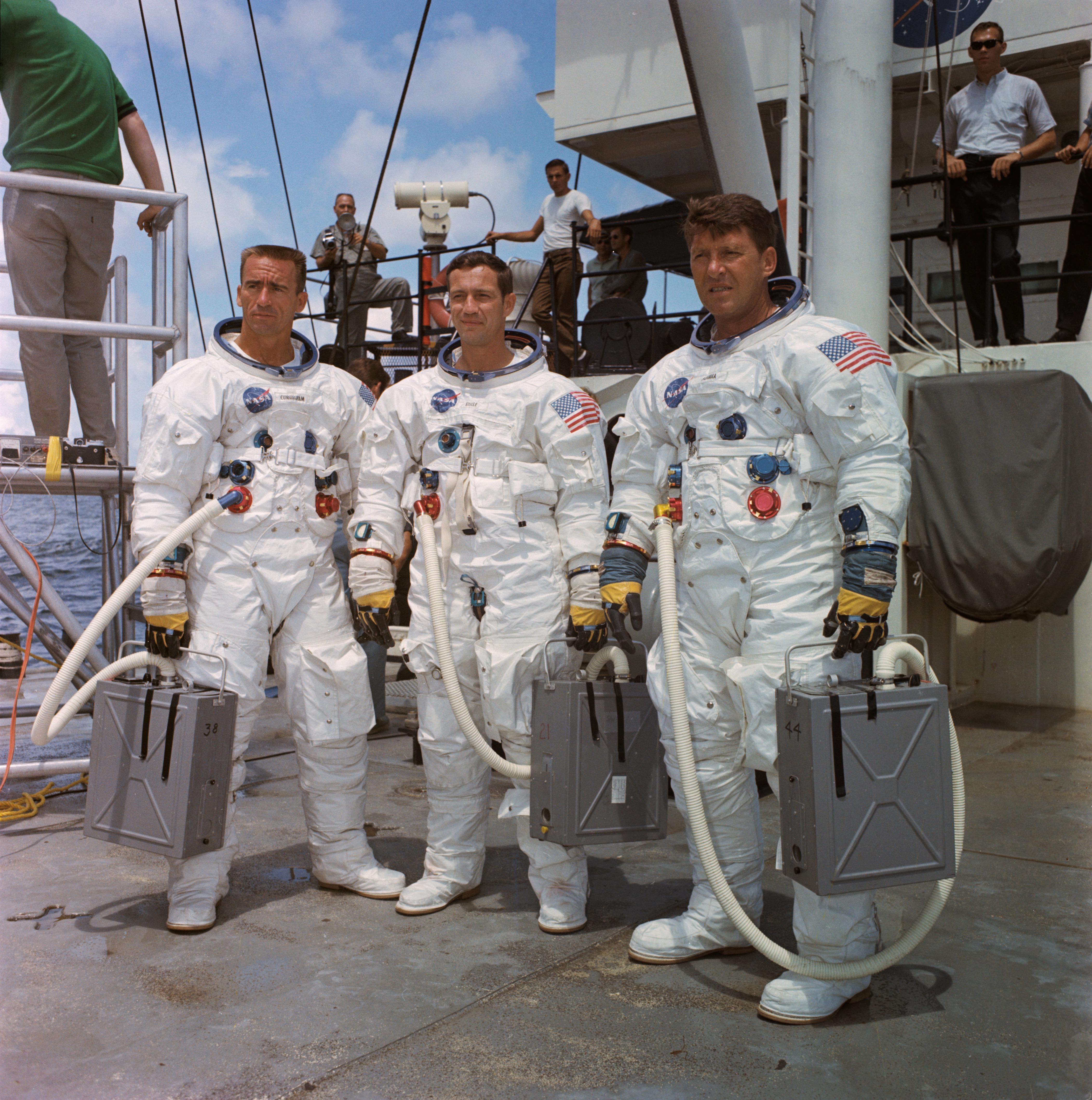 apollo 7 space suits - photo #6
