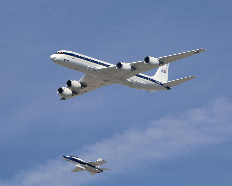 ARCPAC 2008 NASA DC8 Intercomparison Photos