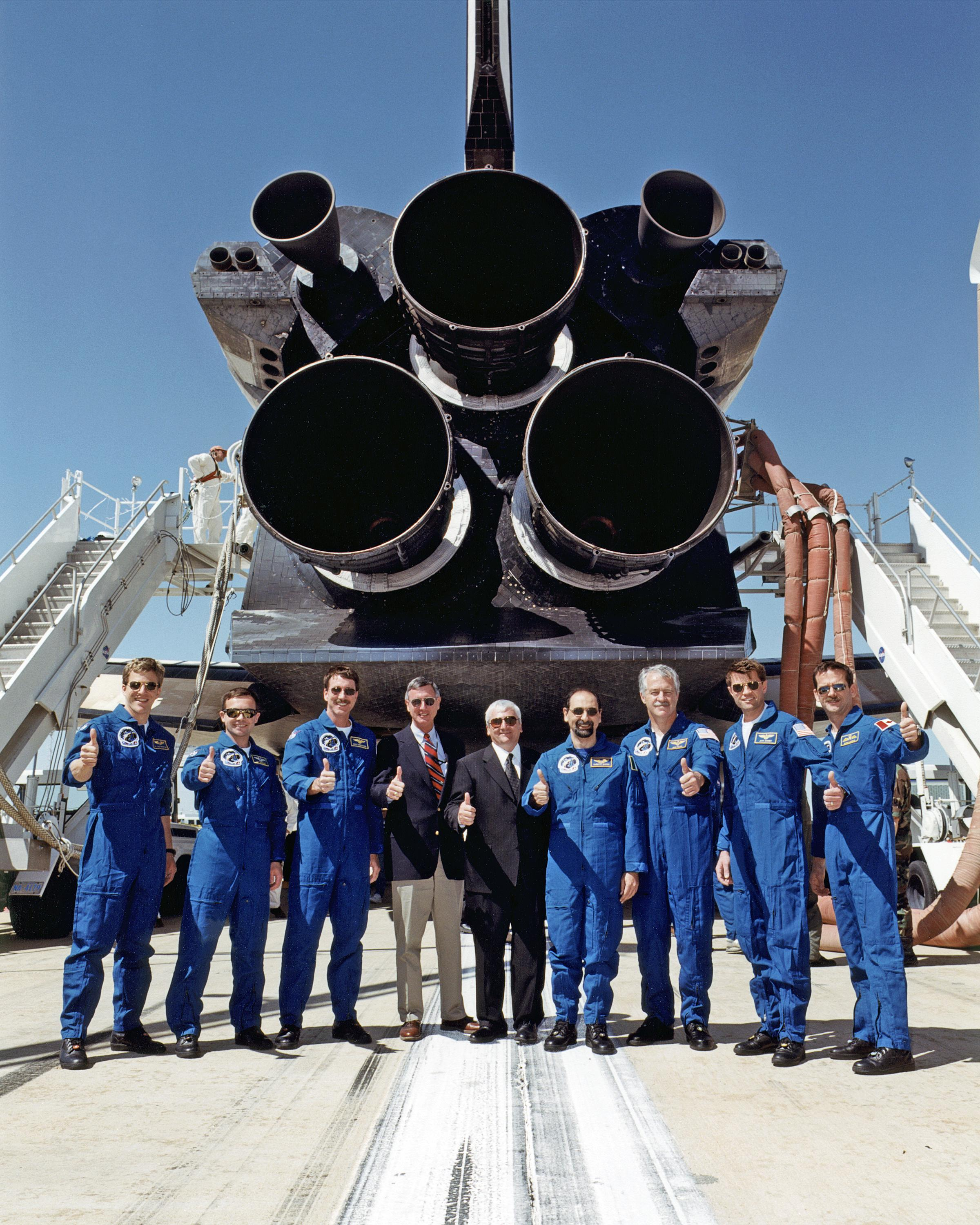 STS-100 Space Shuttle Endeavou...