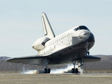 STS-126 touches down under cloudless skies on Nov. 30 at DFRC