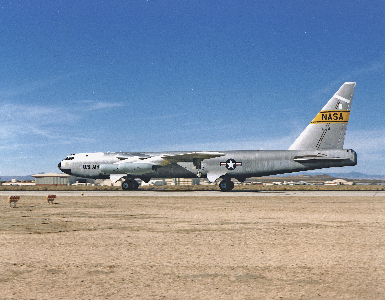 nasa b-52 - photo #3