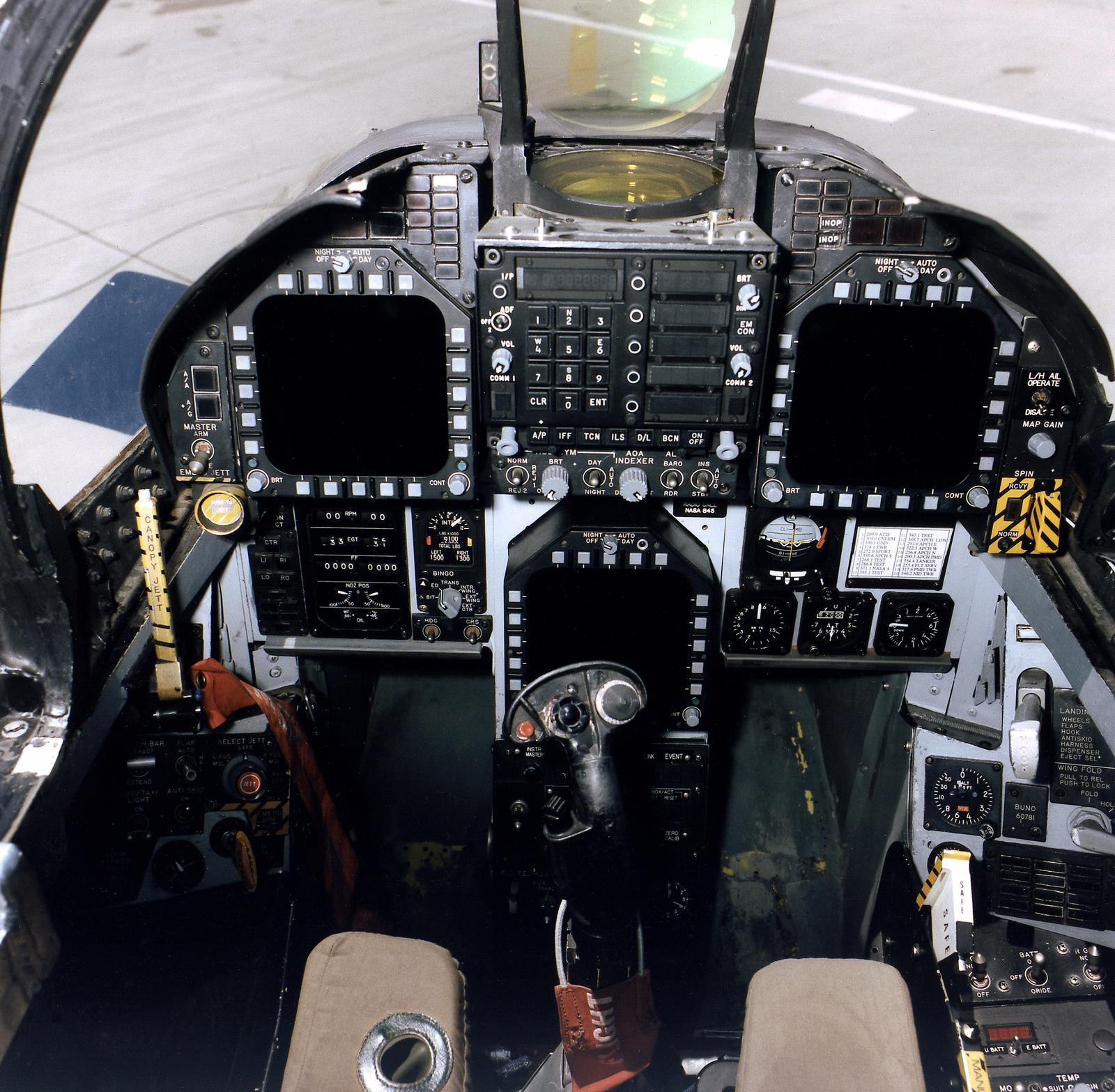 F35 Cockpit  DarkGovernment