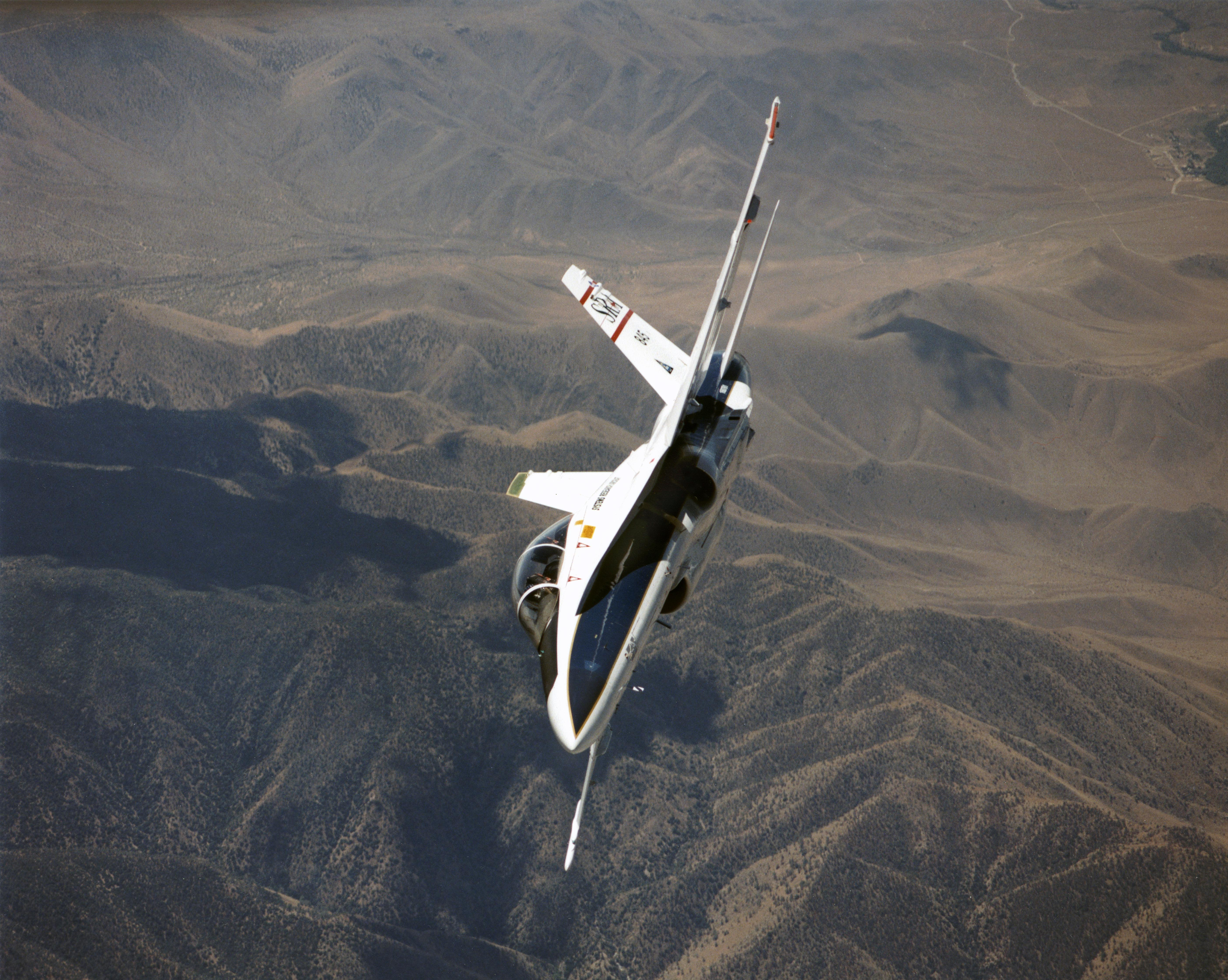 F/A-18 Systems Research Aircraft | NASA
