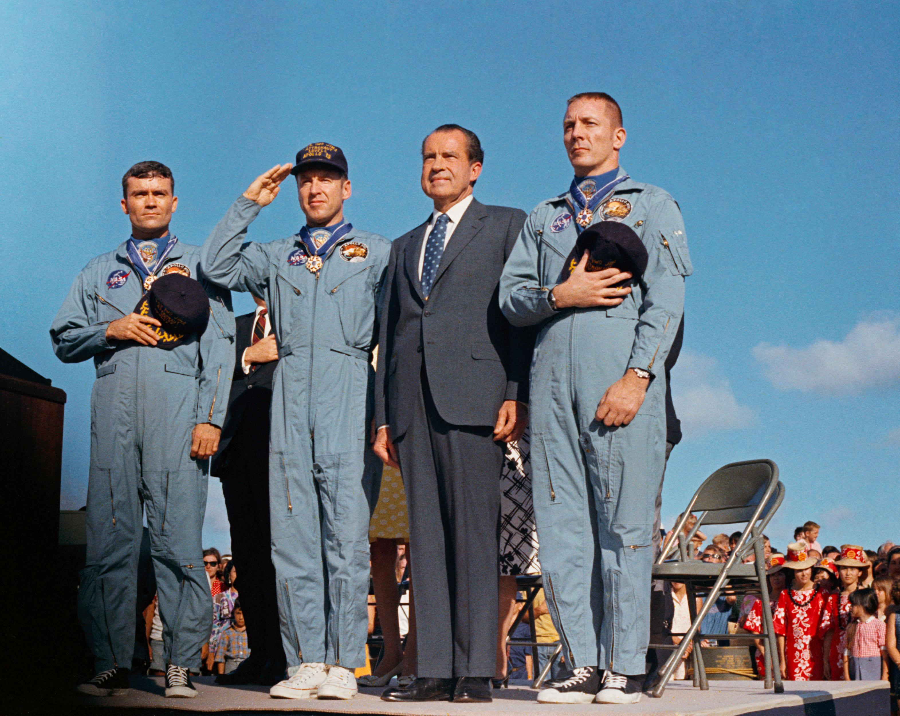 mission control houston nasa apollo 13 crew receives presidential medal of dom