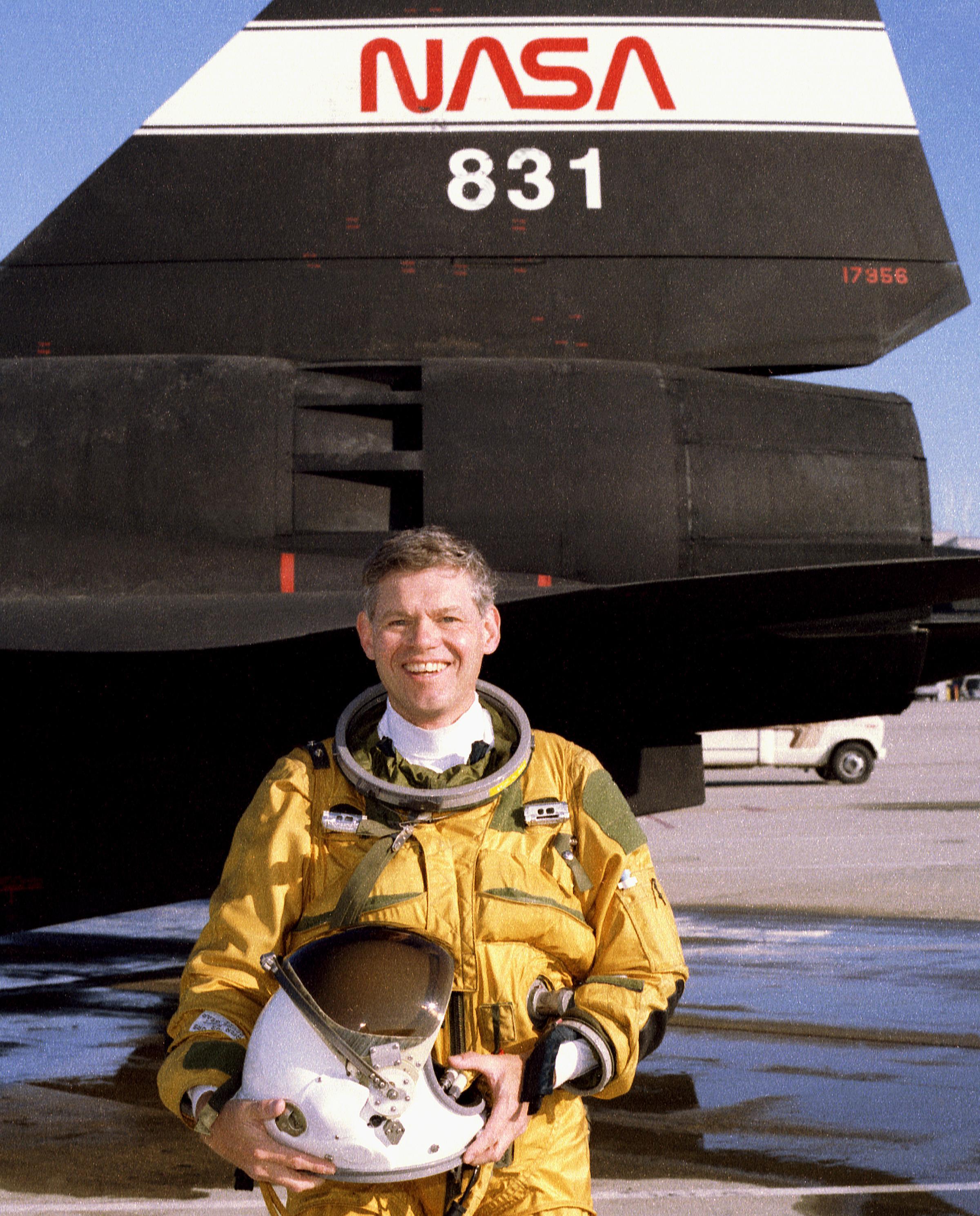 nasa female pilot - photo #14