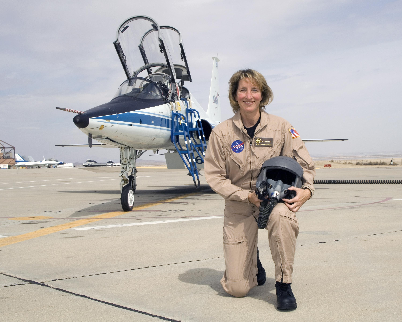 nasa female pilot - photo #4