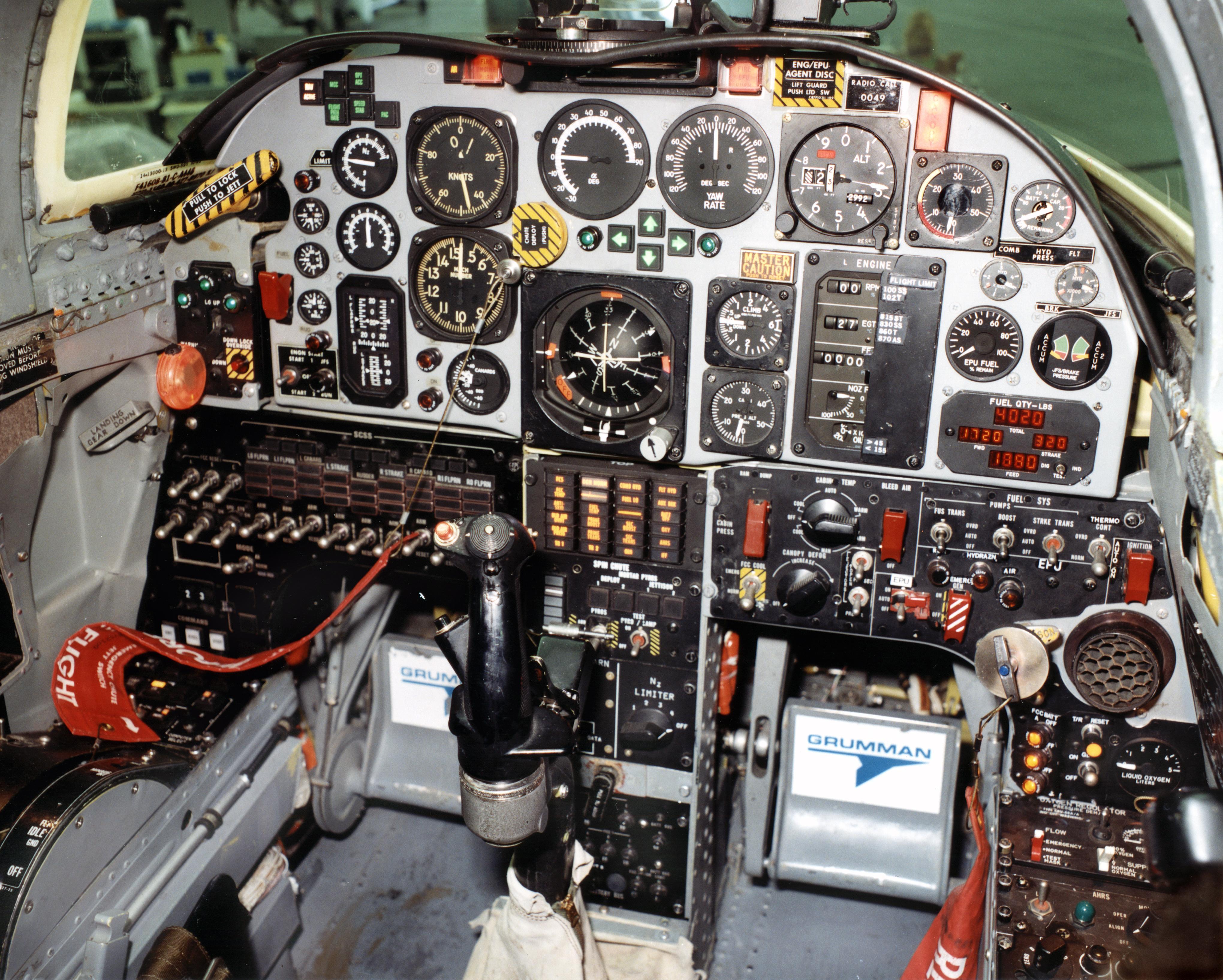 cockpit nasa saucer - photo #42
