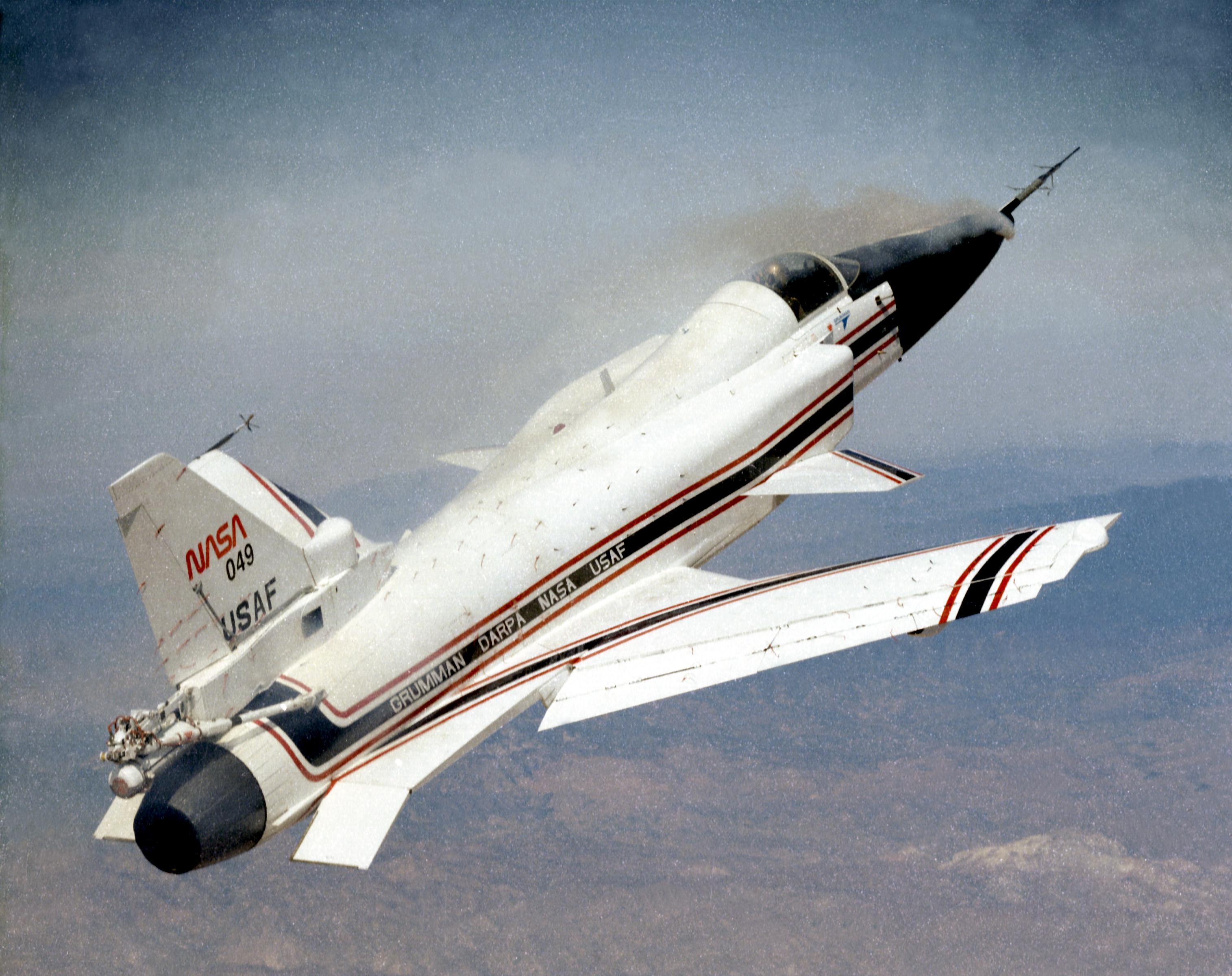 X-29 Undergoing Forebody Vortex Flow Tests | NASA