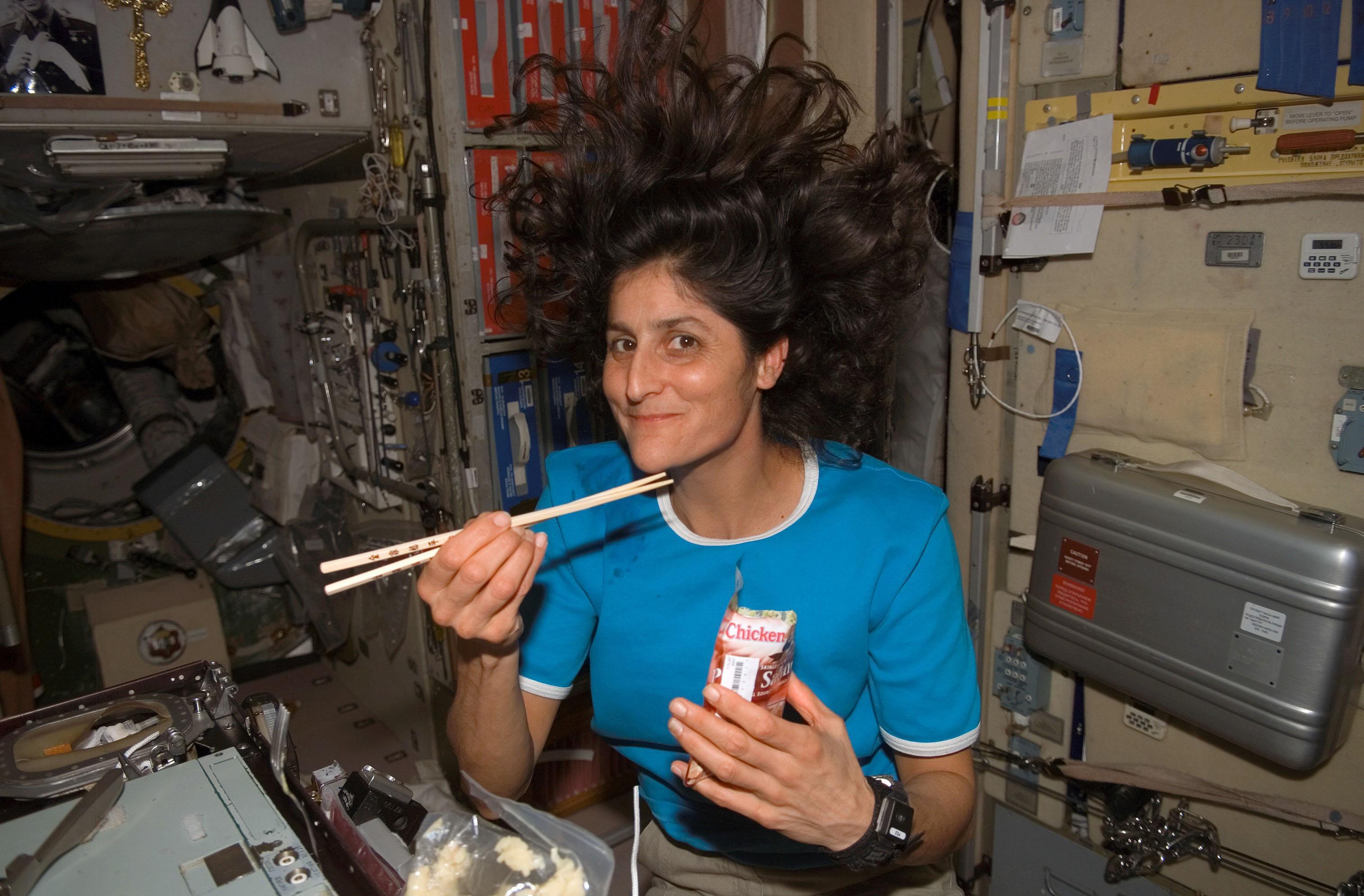 space shuttle atlantis dinner - photo #34
