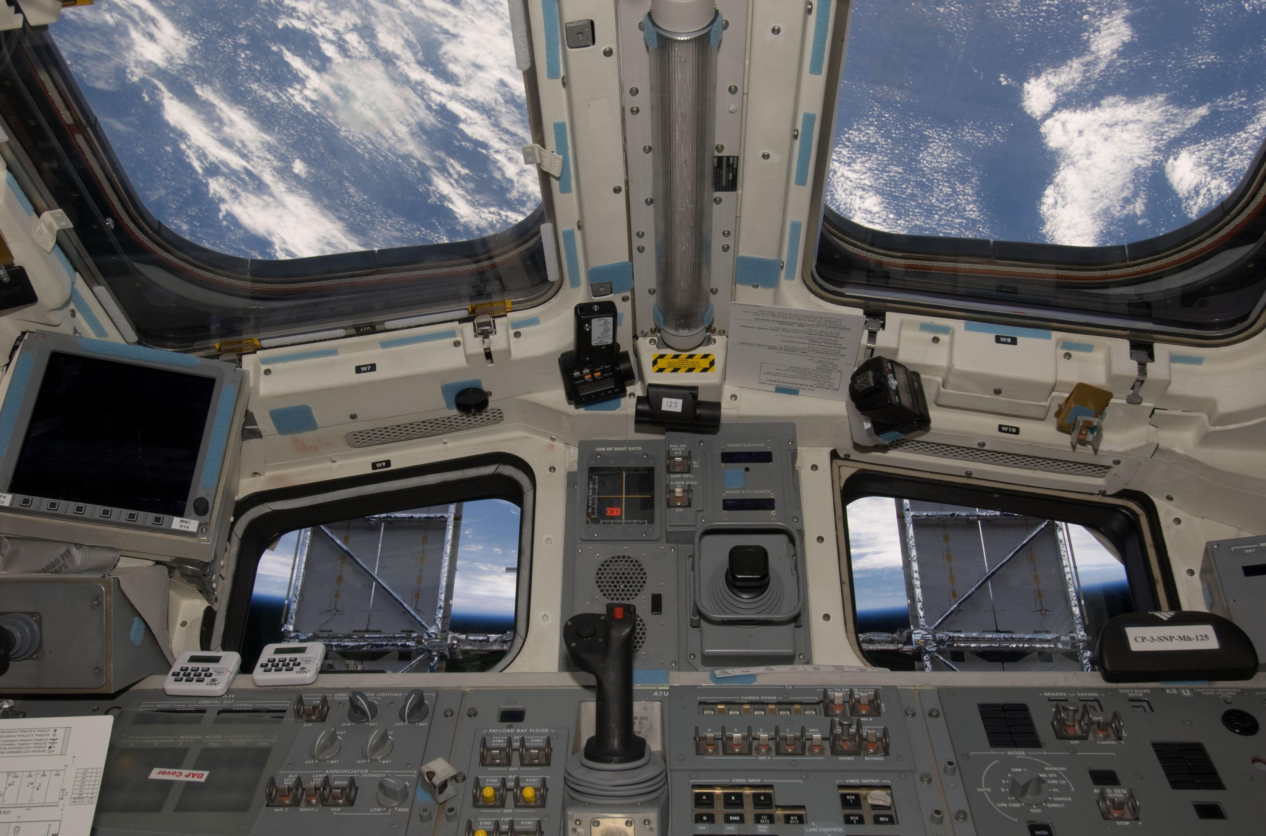 space shuttle cockpit start - photo #37