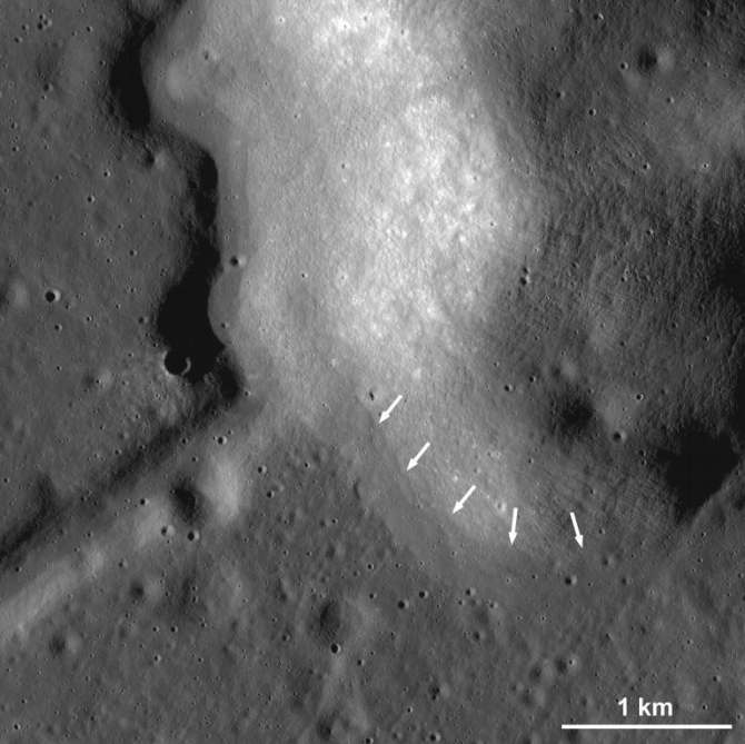 Closeup of possible lava flows on the Moon