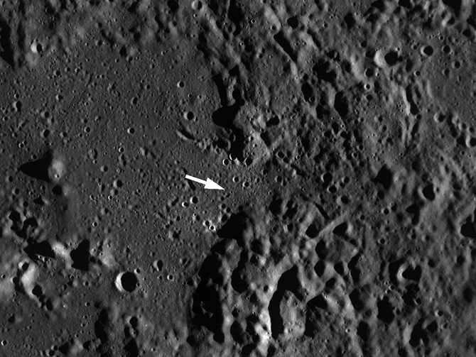 LRO view of Cayley Plains and Descartes Mountains