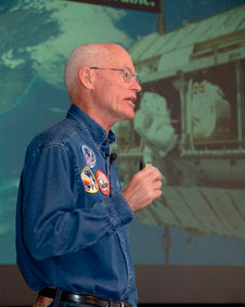 Former astronaut Mike Mullane speaks to Dryden employees about teamwork during an Oct. 7 presentation at the center.