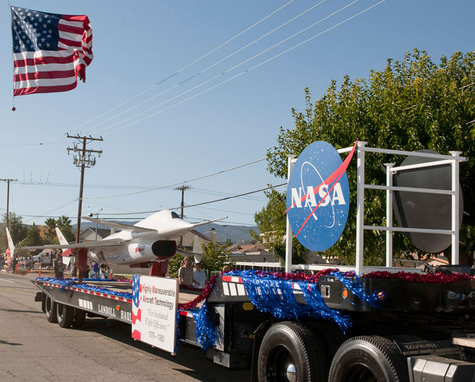 NASA Dryden's float in the Antelope Valley Veterans' Day Parade featured the HiMAT subscale research aircraft.