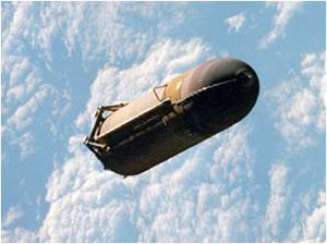 External tank falling back to earth after release