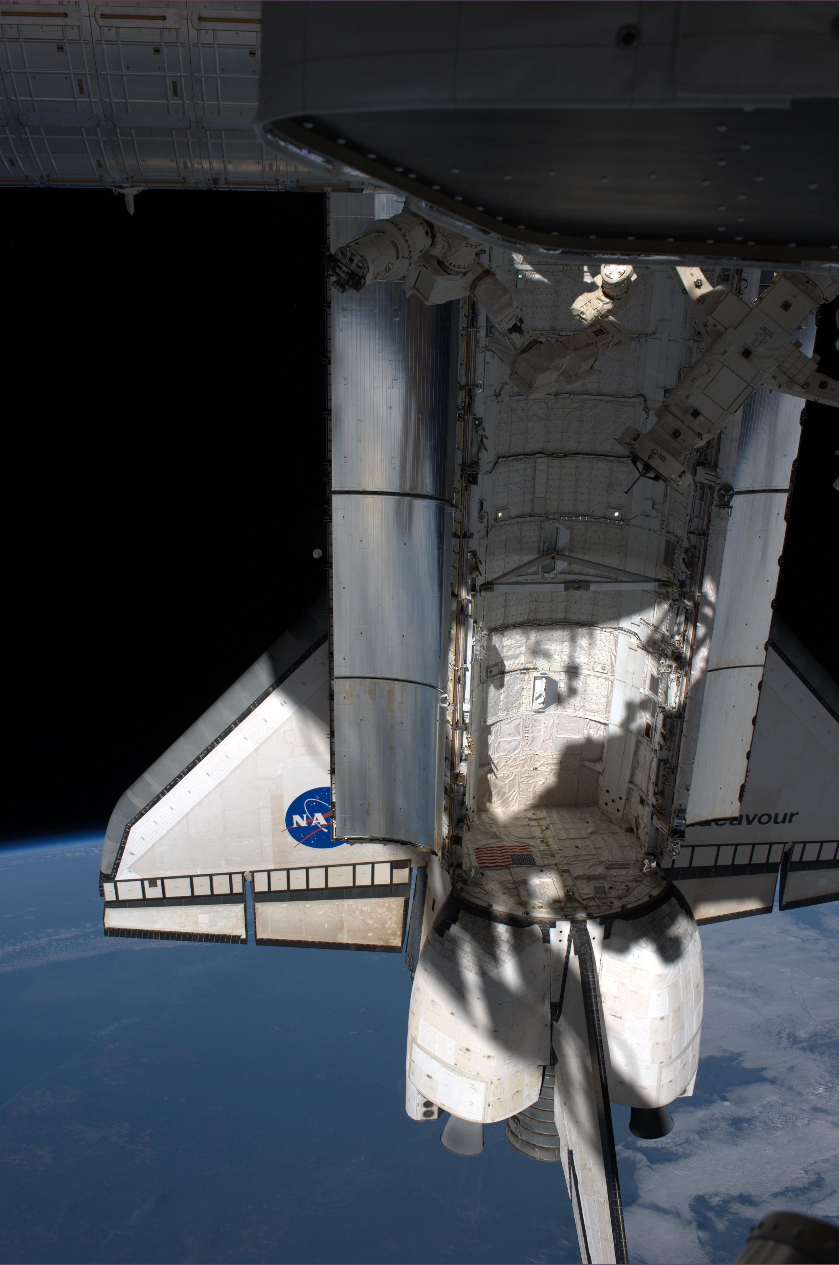 Na nasa new space shuttle design - Endeavour At The International Space Station