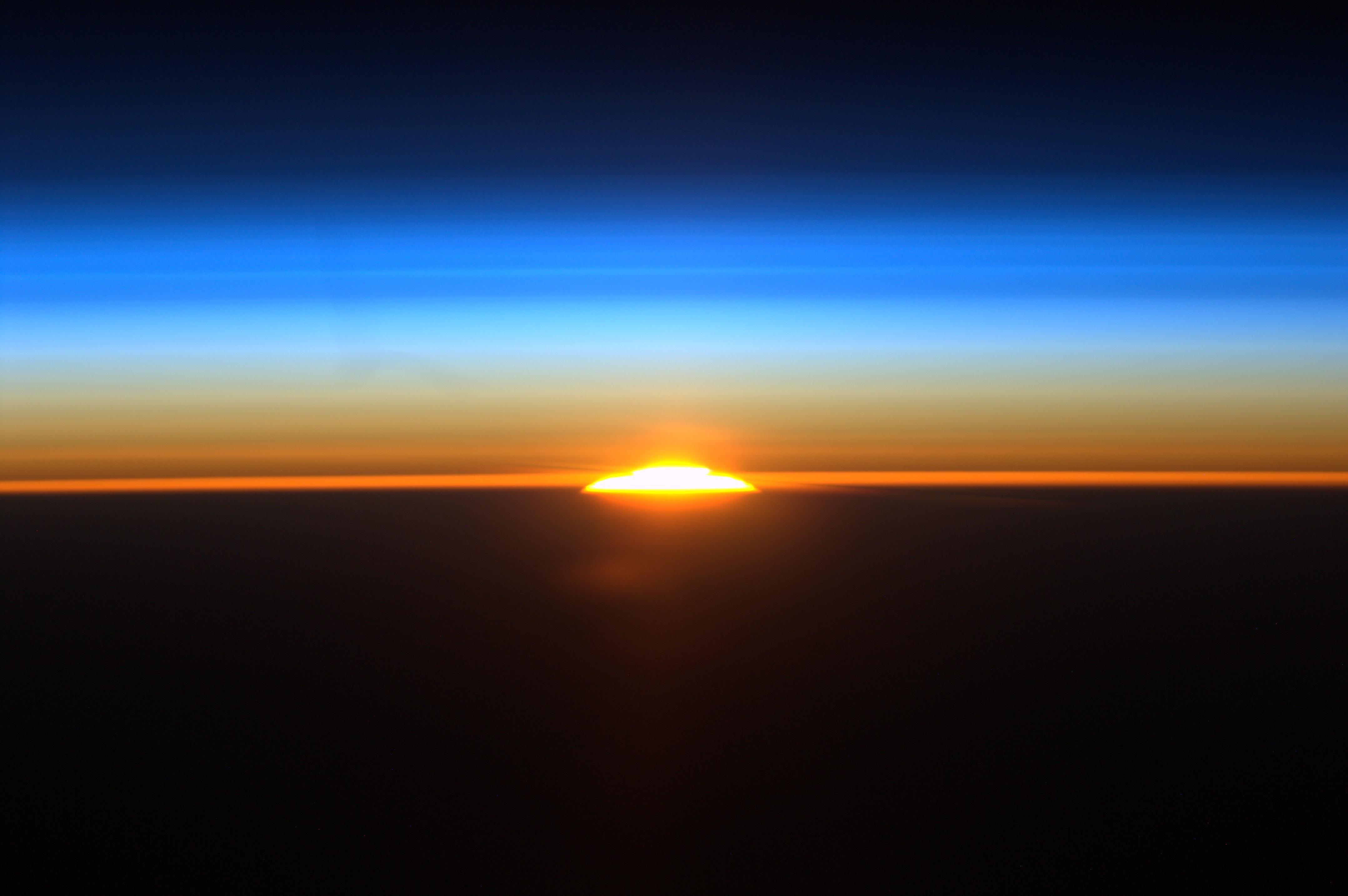 sunrise from international space station - photo #3