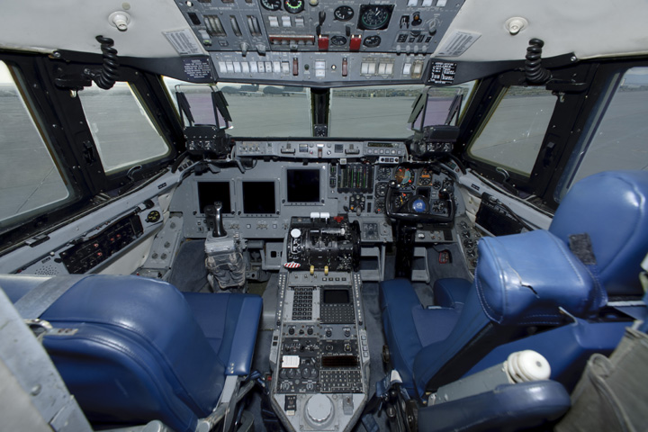 space shuttle cockpit takeoff - photo #14