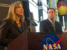 Lori Garver and Robert Lightfoot speak about the Space Launch System program at Industry Day.