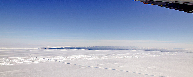 A large, long-running crack was visible on the Pine Island Glacier by NASA's DC-8 airborne science laboratory.