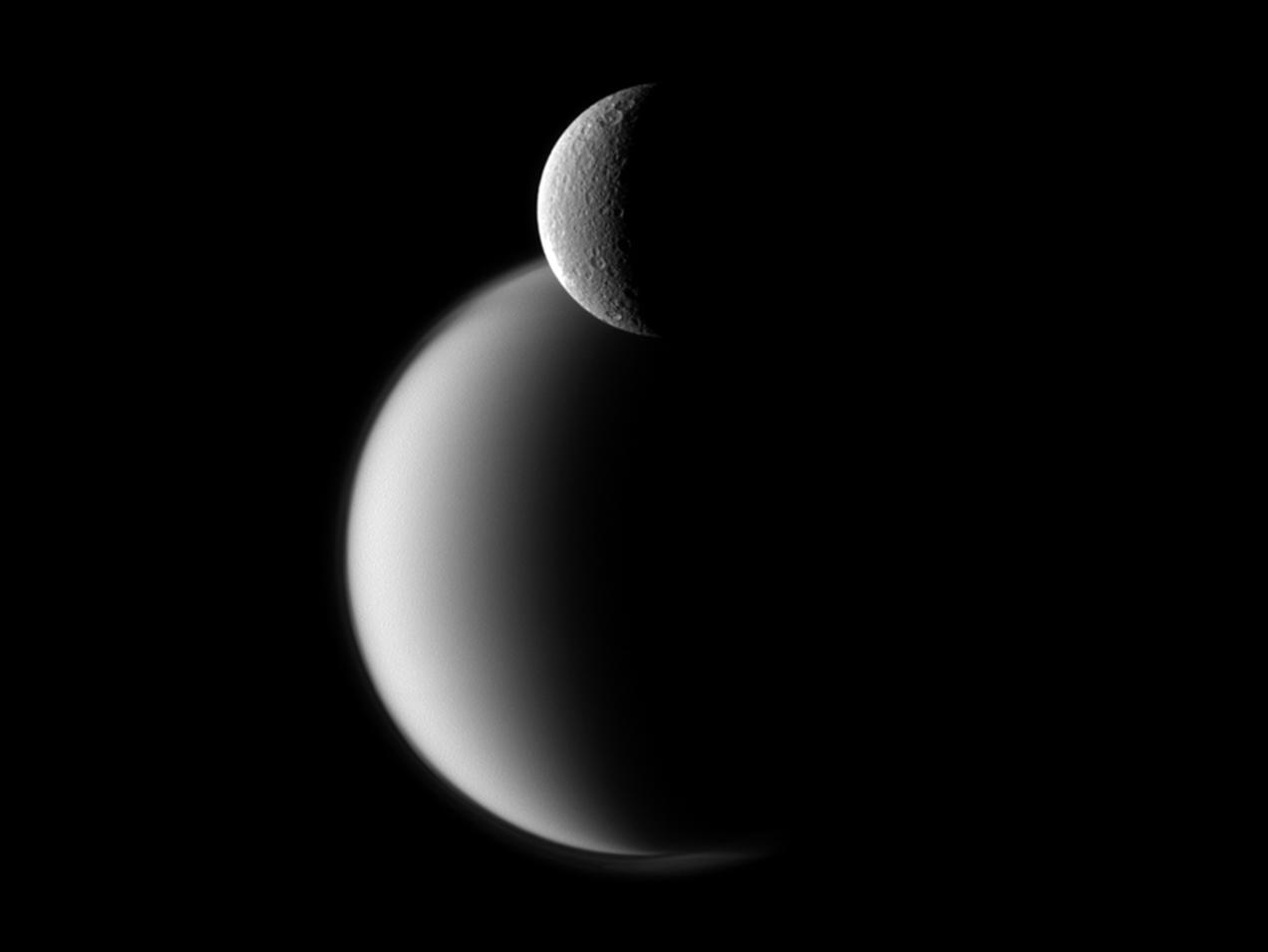 Rhéa (lune) — Wikipédia