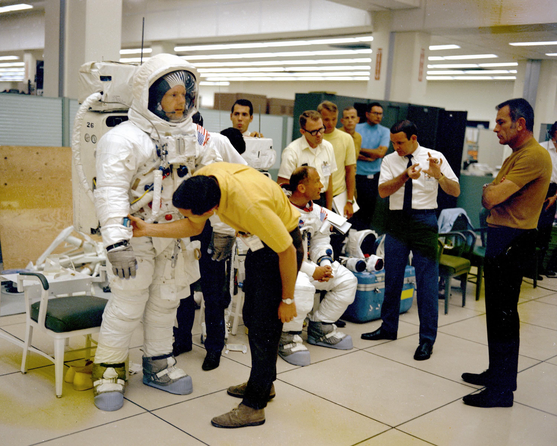 Moon Bound - Apollo 11 Flight Crew Training | NASA