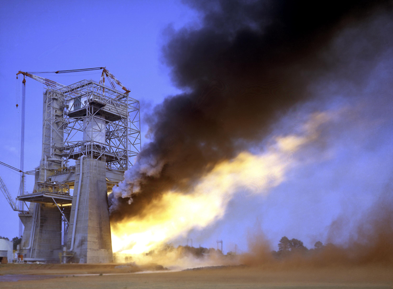 F1 Rocket Engine Test, F1, Free Engine Image For User ...