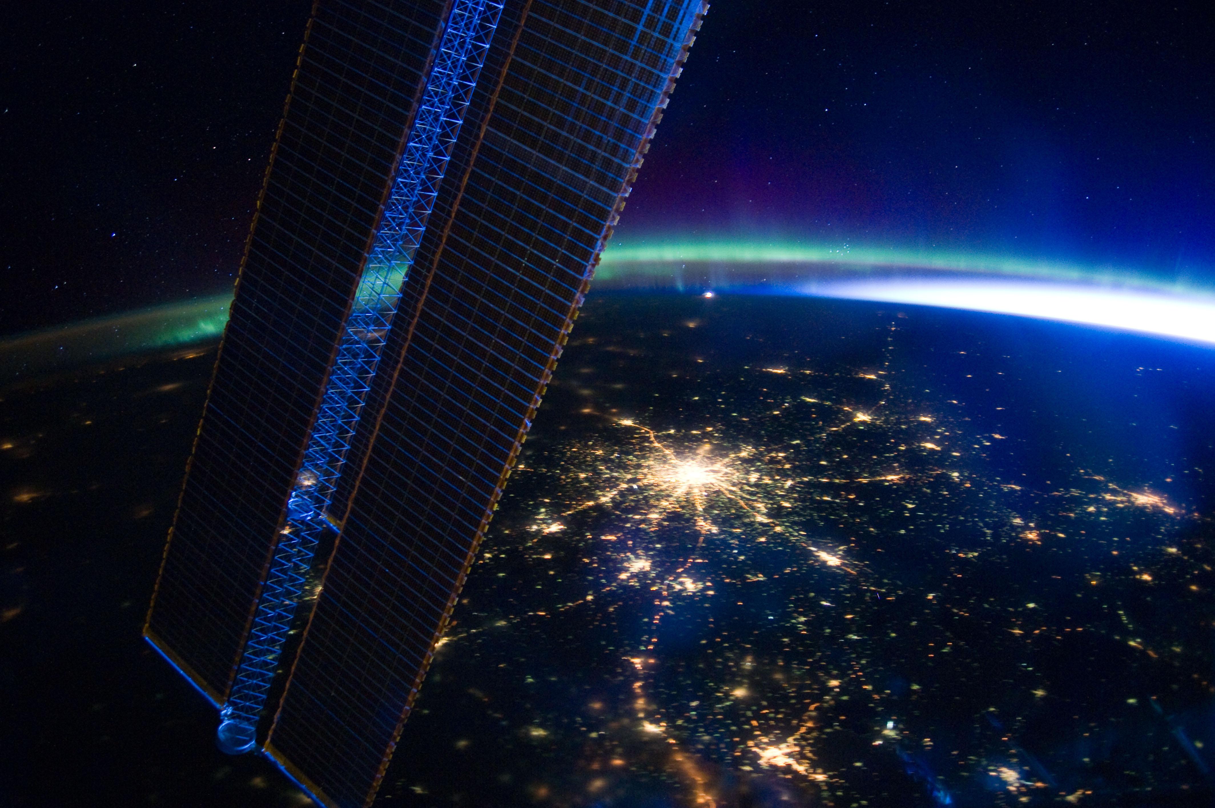 earth horizon nasa night-#18