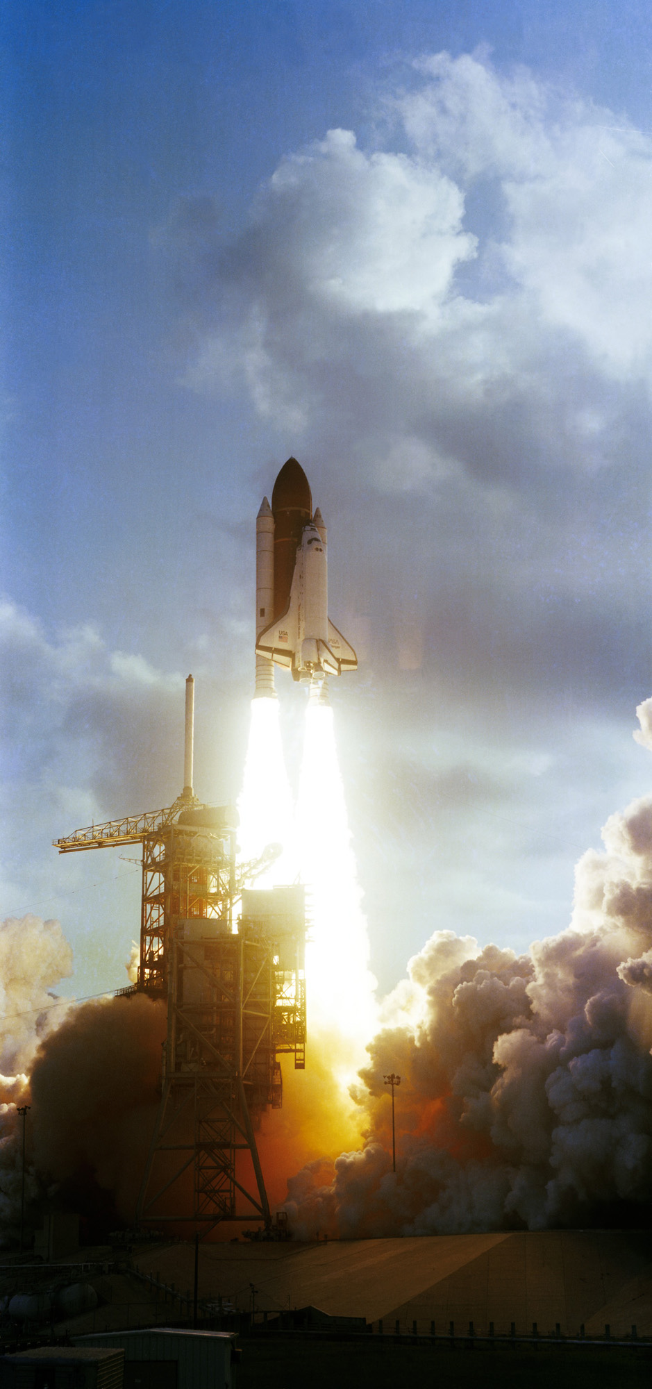 year space shuttle challenger first launched - photo #15