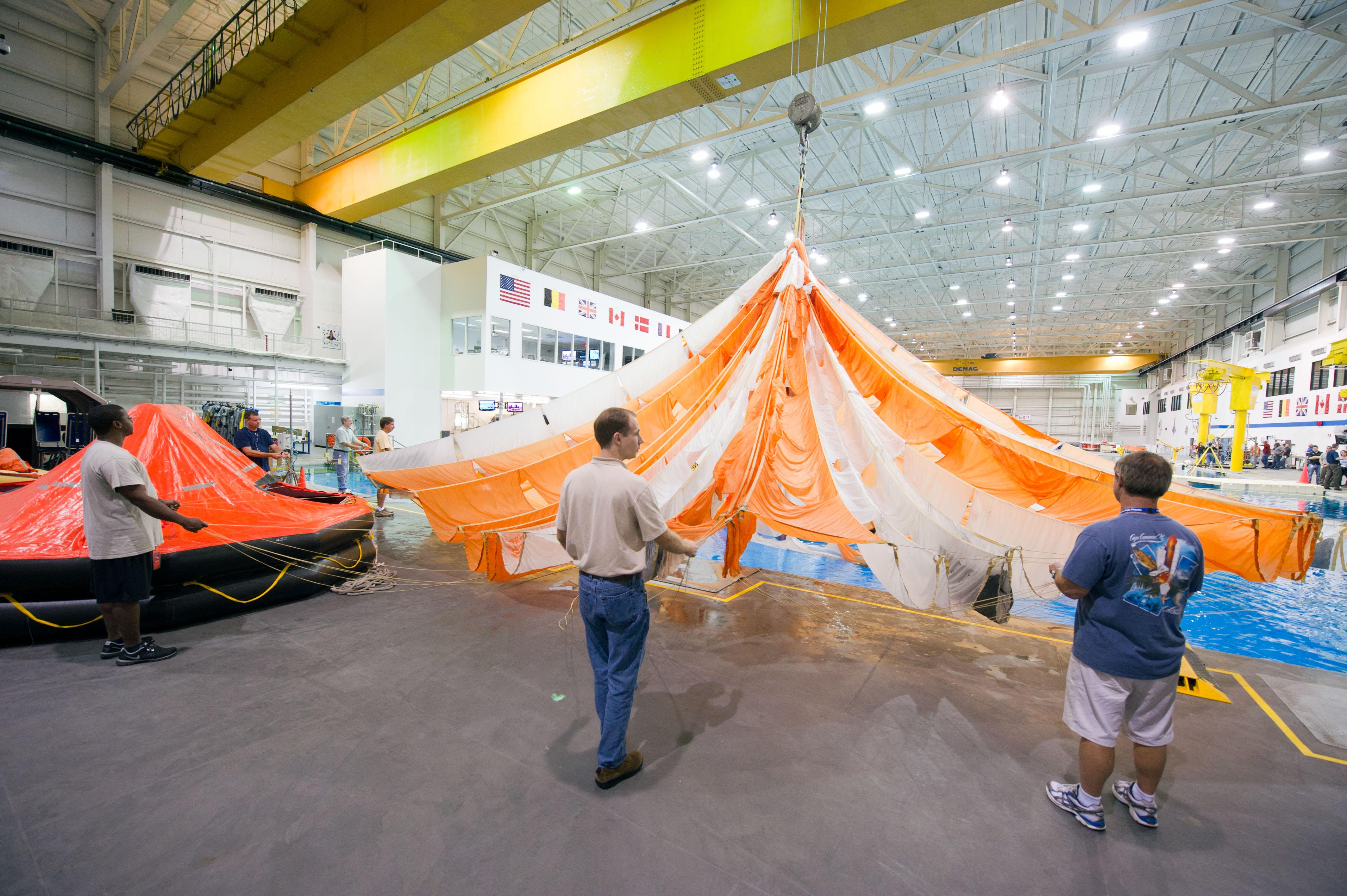 Nasa Orion Orion Parachute Recove...