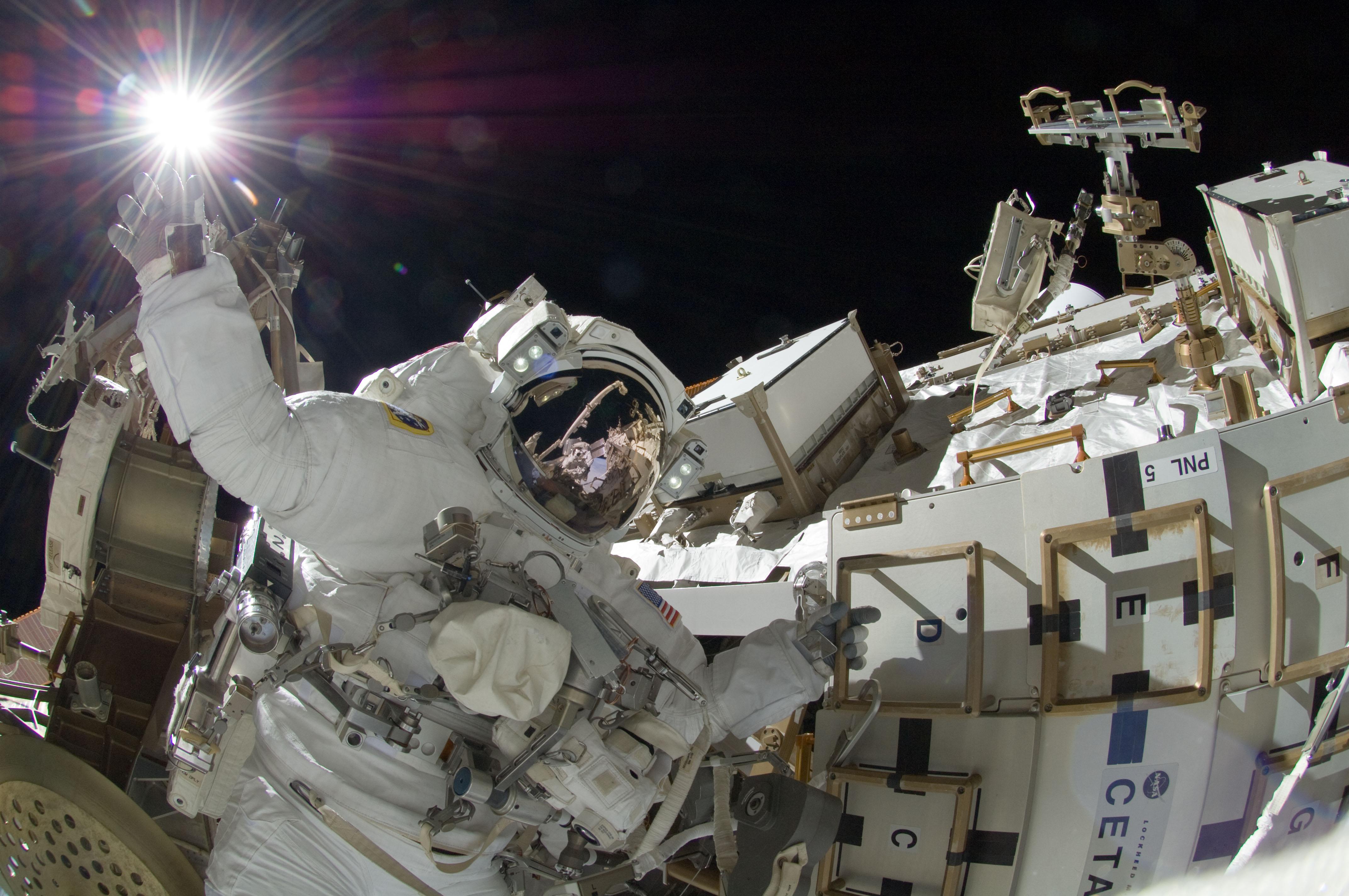 sunita williams on spacewalk nasa