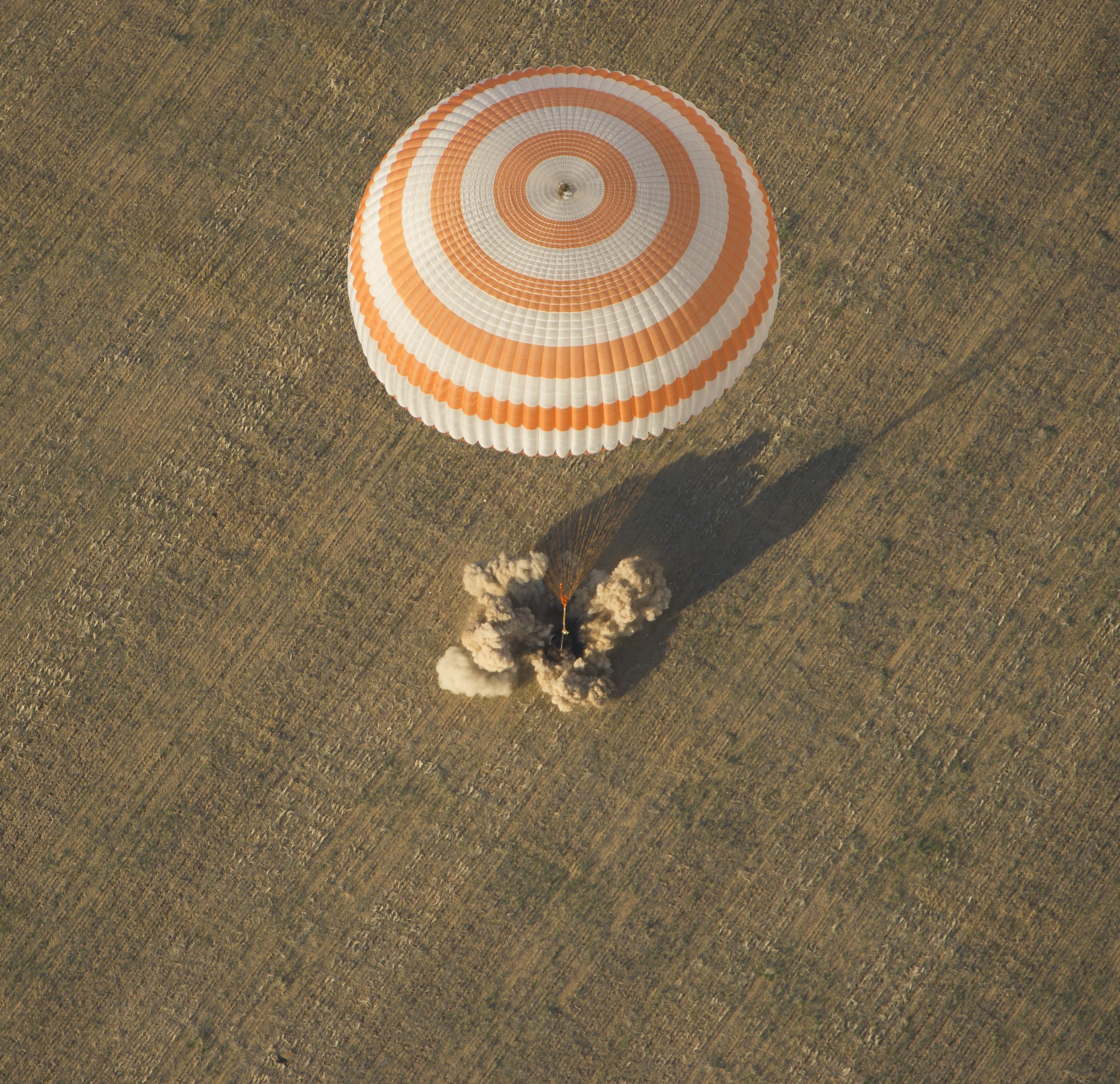 russian spacecraft landing -#main