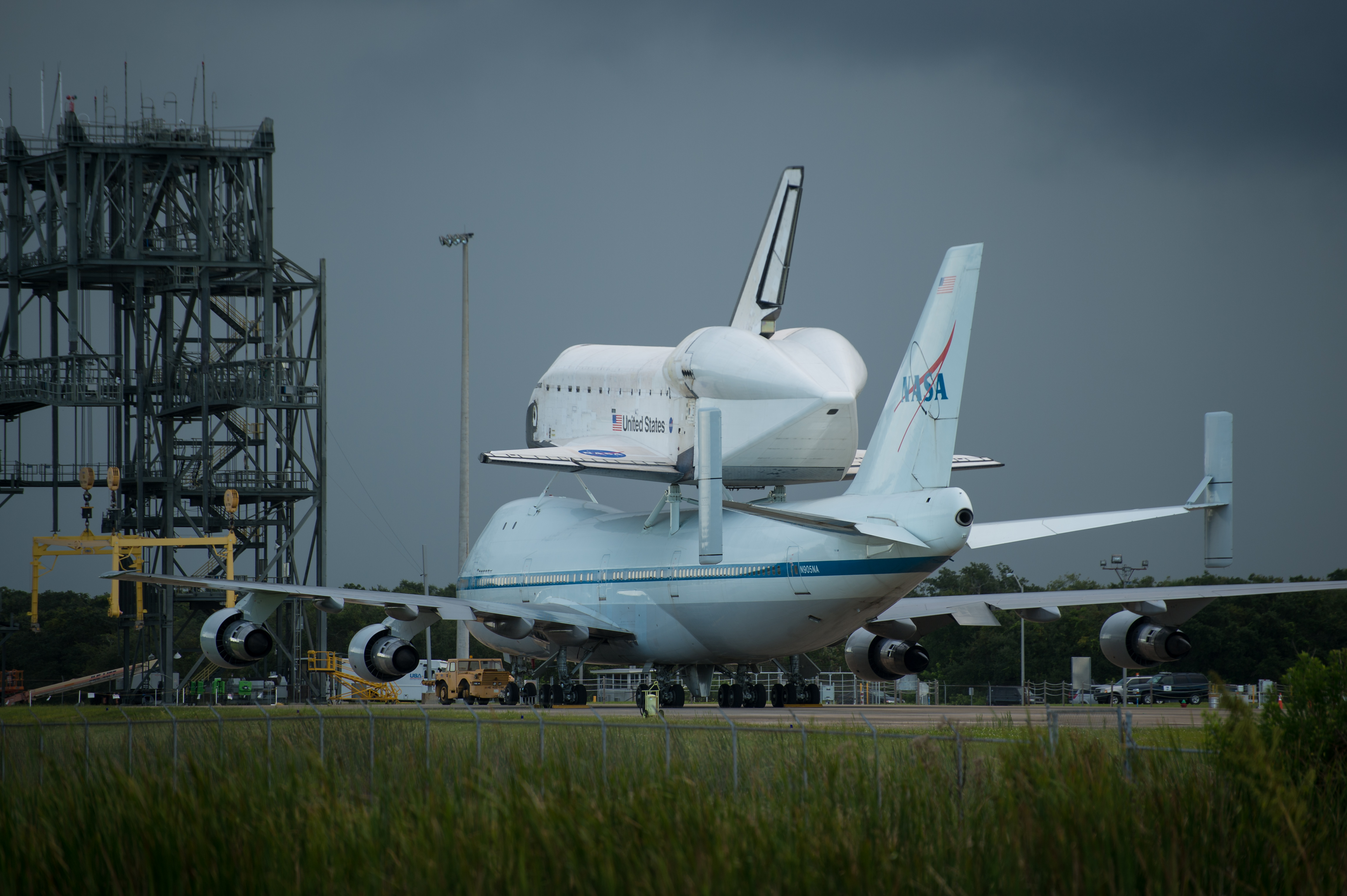 space shuttle endeavour in space - photo #5