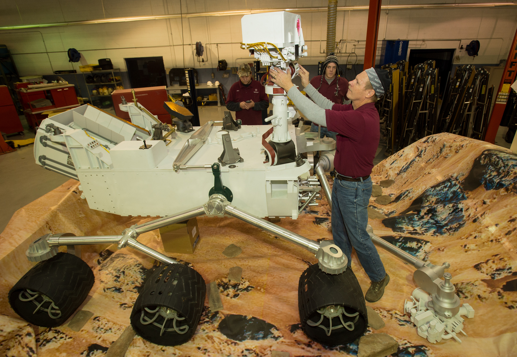 curiosity rover replica - photo #2