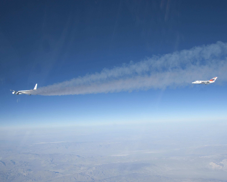 alternative fuel for airplane essay