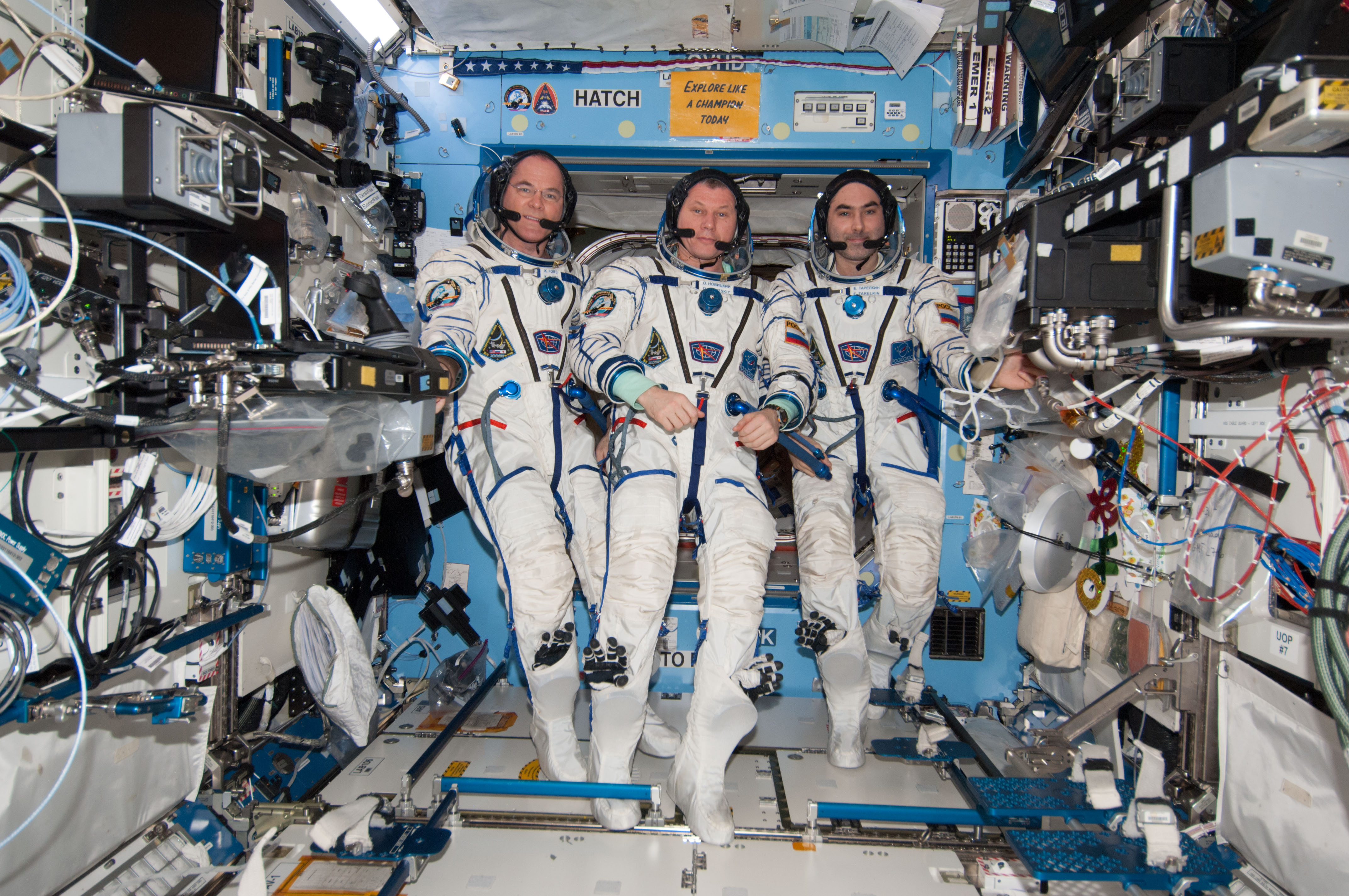 astronaut crews of the international space station role - photo #3