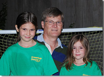 Photo of David Whiteman with his two daughters.