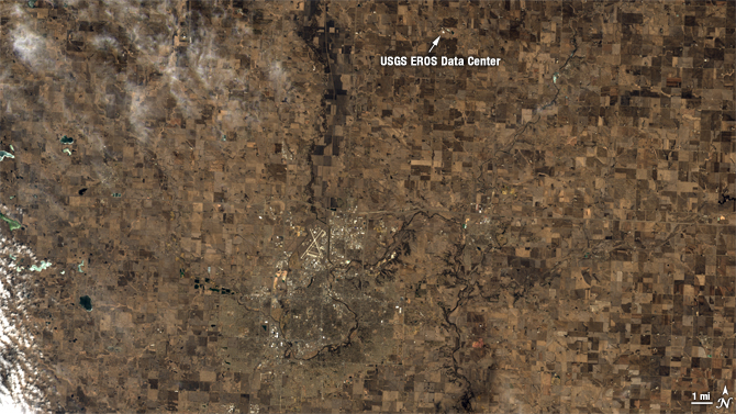 satellite view of Souix Falls, S. Dakota - true color