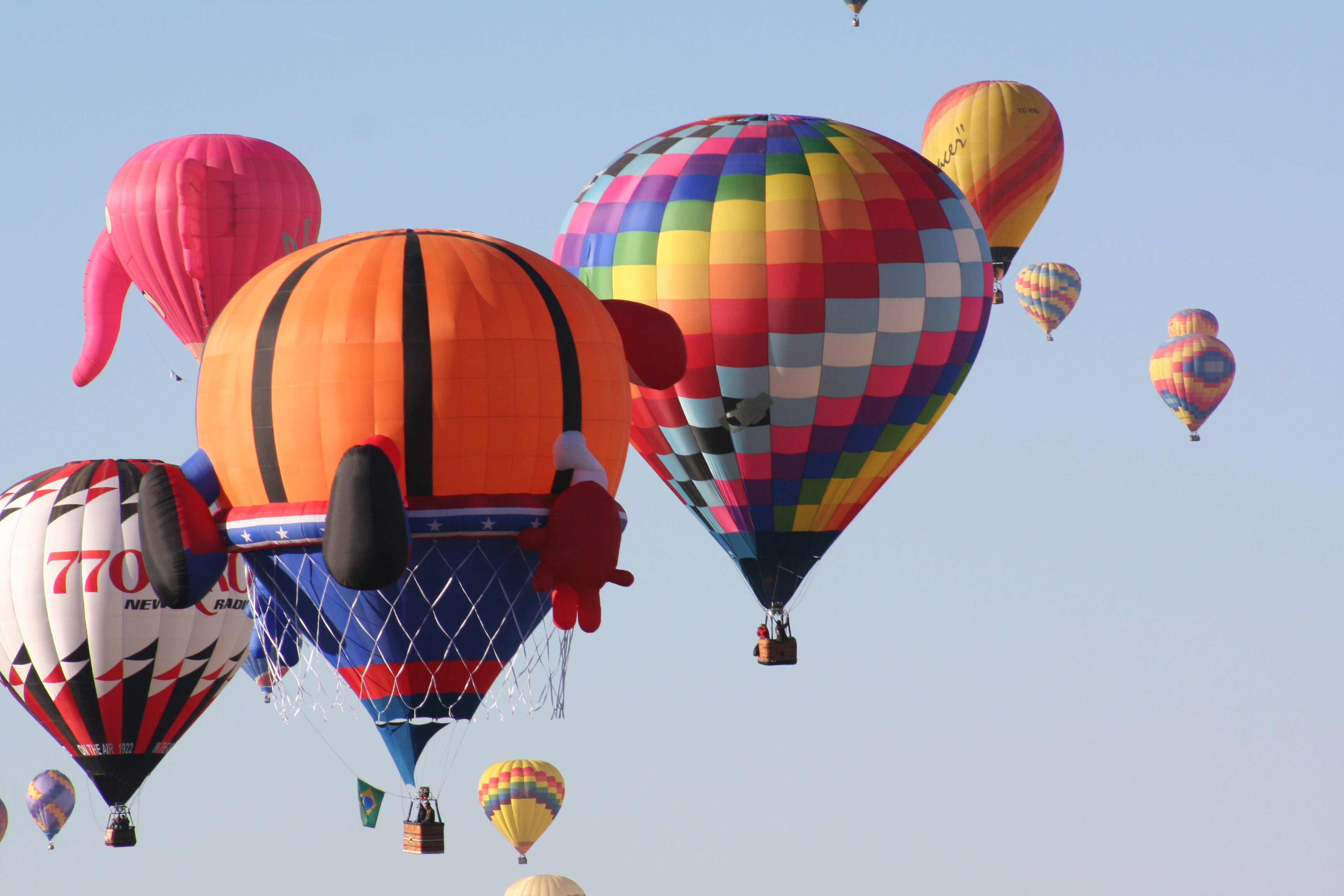 Balloon Fiesta Ascensions Create Cluster of Color | NASA