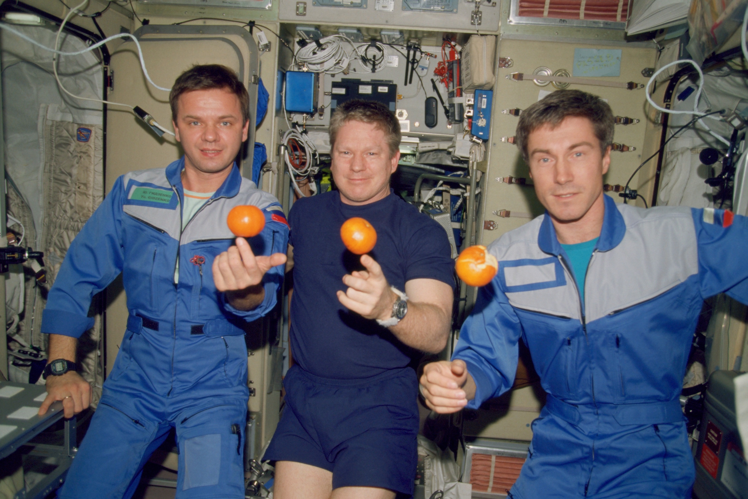 astronaut crews of the international space station role - photo #2